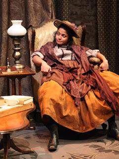 Mouzam Makkar as Eliza Doolittle