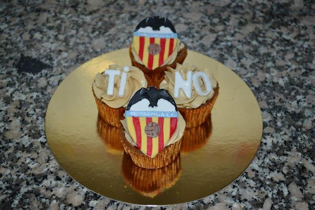 Cupcakes Fondant Moka V.C.F. Valencia escudo