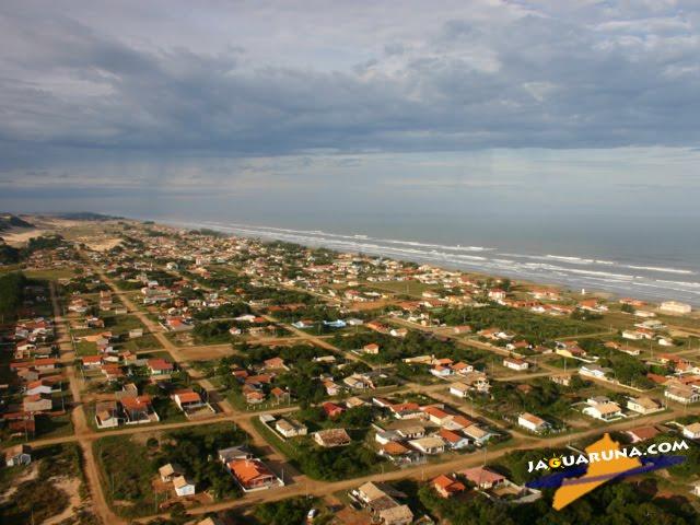 vista aérea da praia do campo bom
