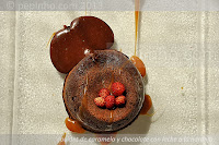 Coulant de caramelo y chocolate con leche a la naranja
