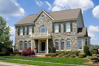 How to Pick the Best Roof Color for Your Home by Phil's Main Roofing