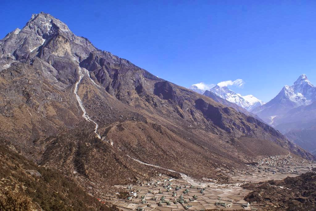 Everest Region (Nepal) Nepal  City new picture : Posted by Tauheed Ahmad Nawaz at Sunday, February 23, 2014