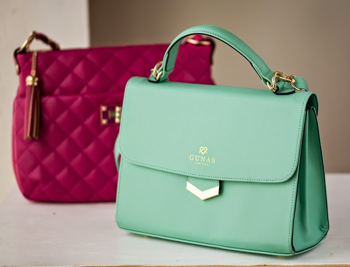 I Love This Brand Not Sure How Missed It Celebrity Fave Designer Has All Her Ah Mazing Vegan Bags Made In Italy Met Jill At A Recent Event And