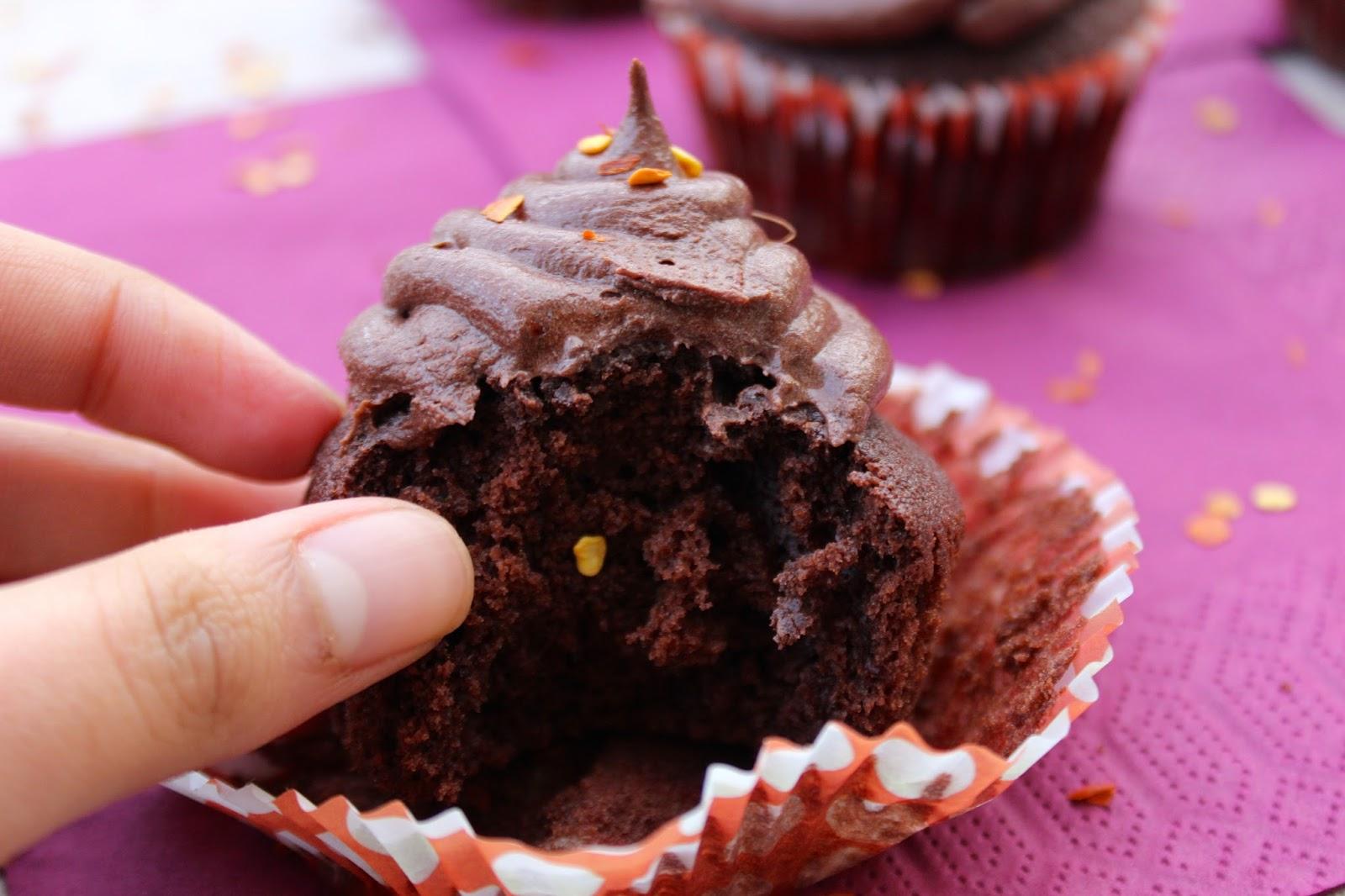 chocolate cupcakes, chilli, chile, chocolate buttercream, recipe