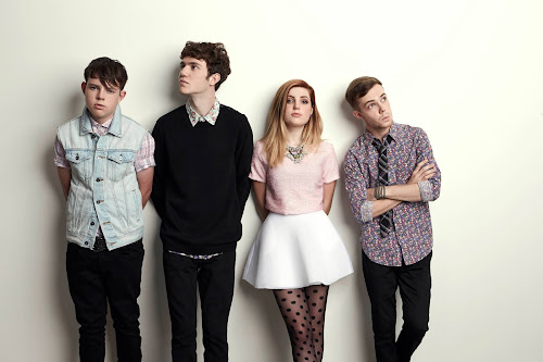 Echosmith comenta sobre o hit Cool Kids