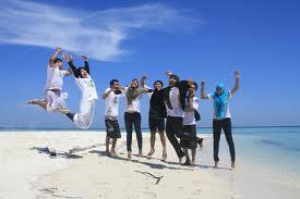 tempat liburan di indonesia.jpg