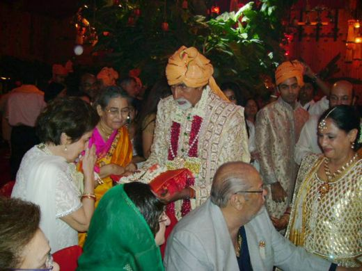 Aishwarya Rai Abhishek Bachchan Marriage PhotosAishwarya Rai Marriage