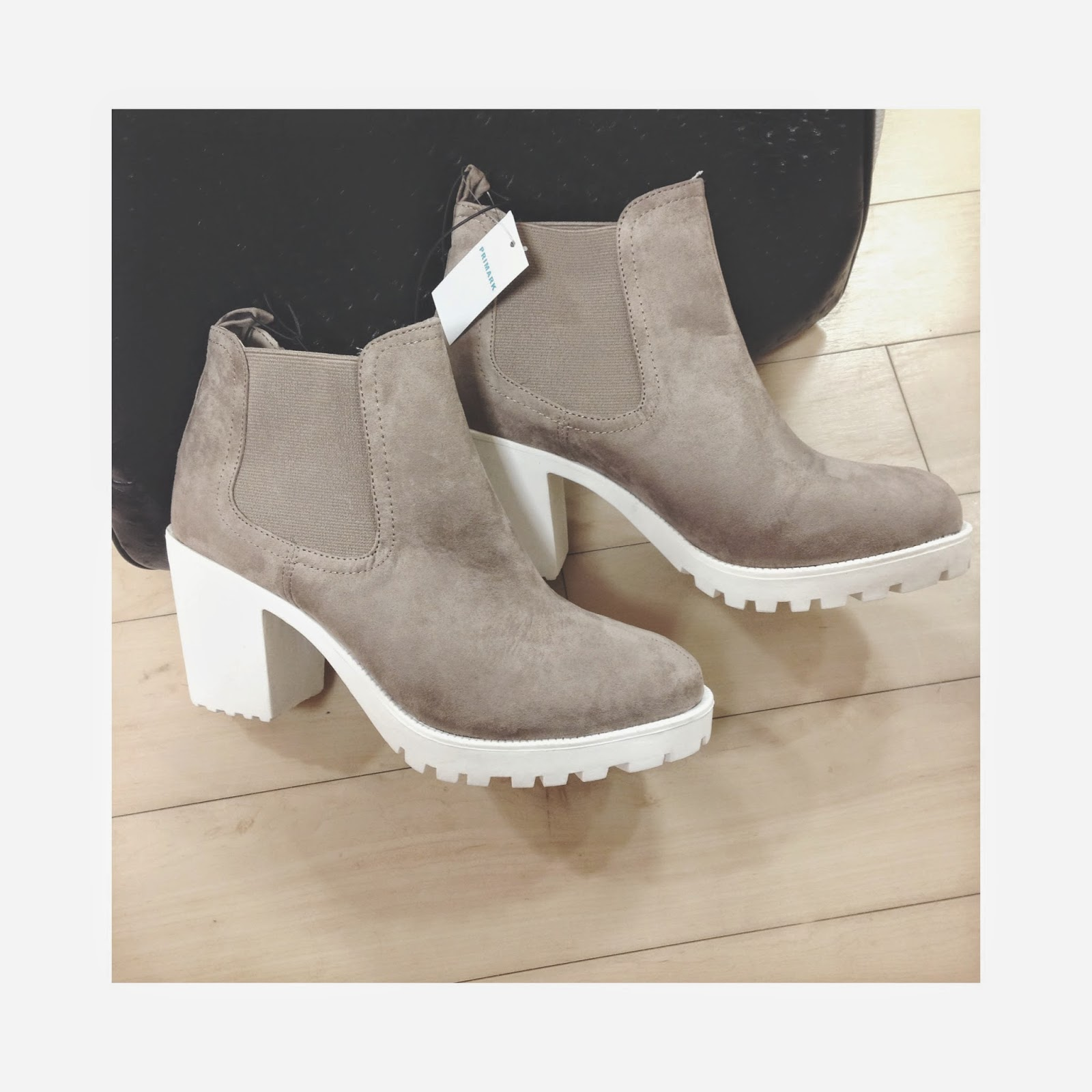 Primark Nude White Sole Chunky Chelsea Boots