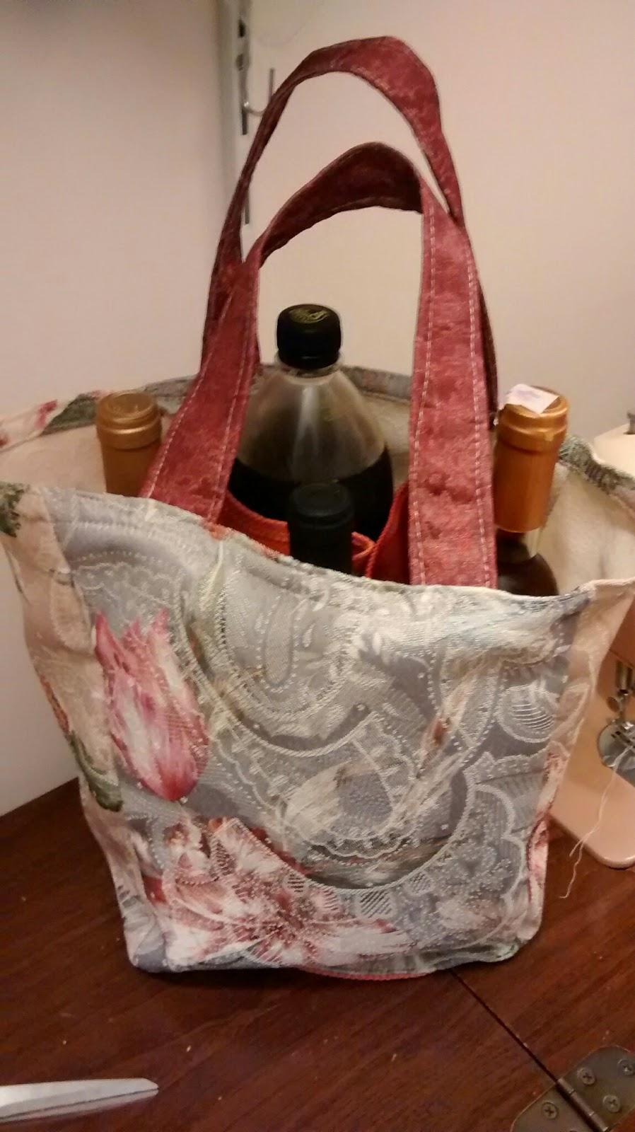 Casalinga artigiana borsa porta bottiglie fai da te diy for Porta capsule fai da te