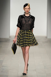 Holly Fulton, RTW, A/W 2011, black and yellow skirt