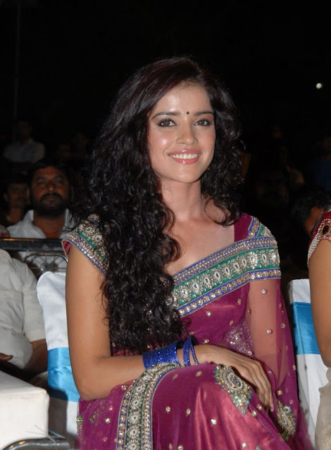 Actress Pia Bajpai pink saree Photos