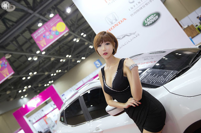 1 Yu Ji Ah - World Consumer Electronics Show - very cute asian girl-girlcute4u.blogspot.com
