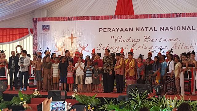 Berita Foto : Panglima TNI Hadiri Perayaan Natal Bersama di Kupang