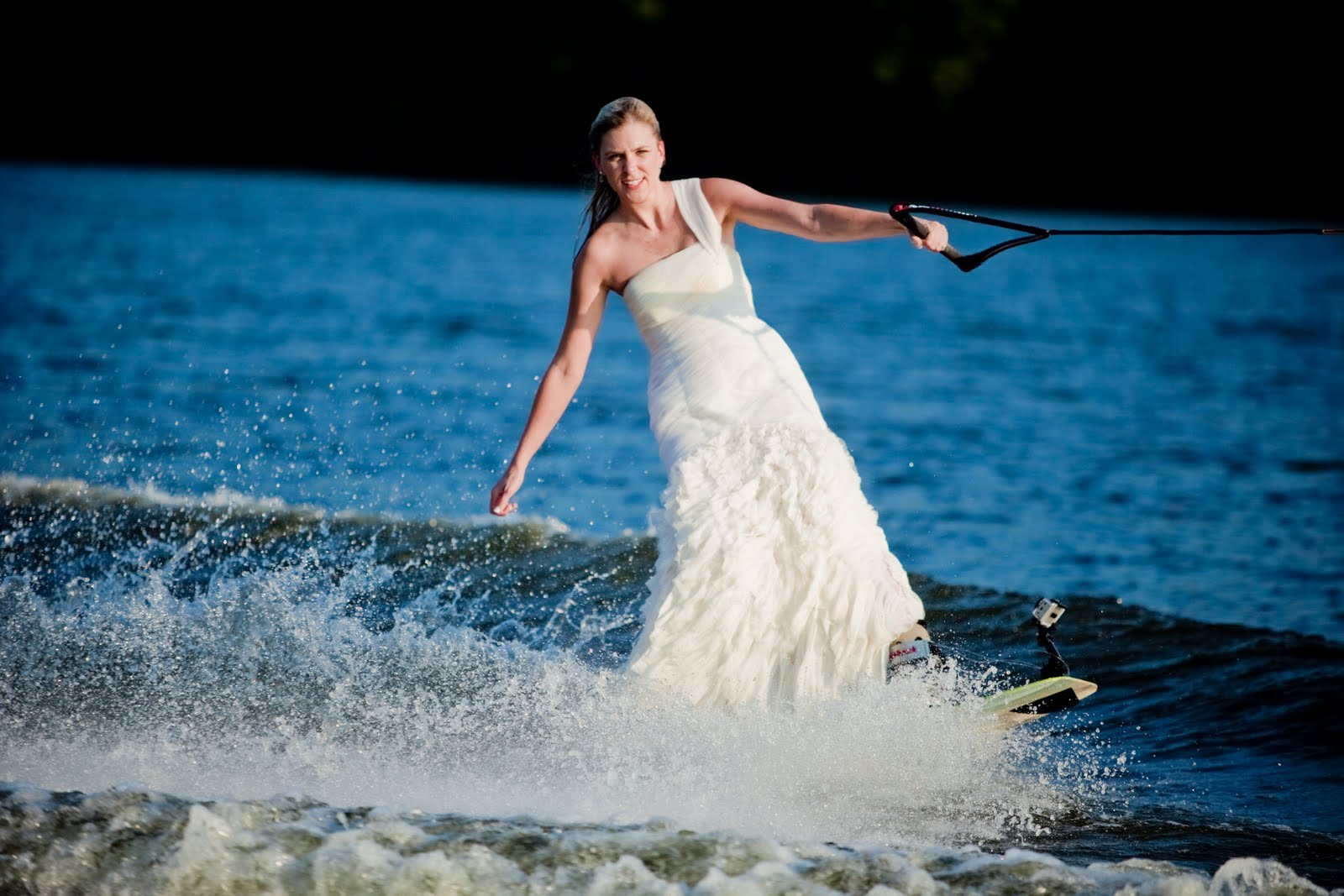 Wedding dresses: wet wedding dresses