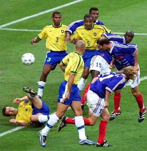 2° gol da França e de Zidane, final da copa do mundo 1998