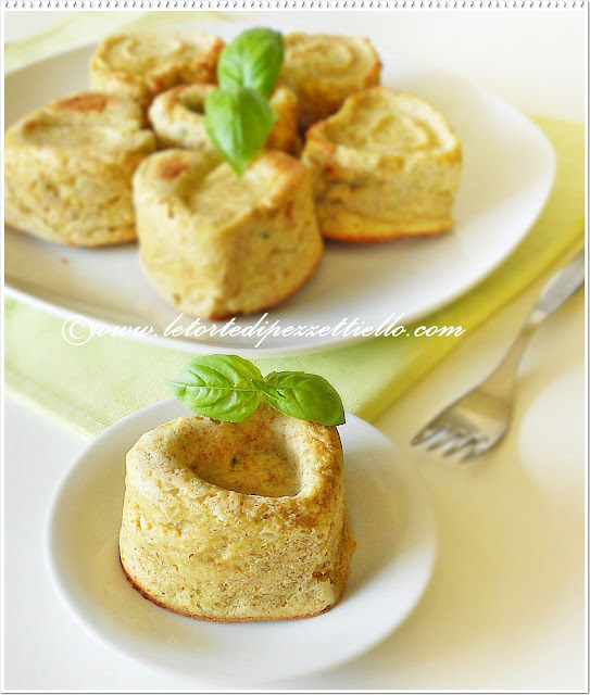 Cuori tortini salati di ricotta