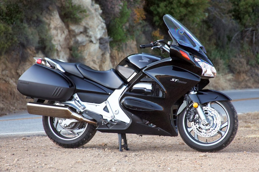 St1300 Honda Review Honda St1300 Black Looks Like