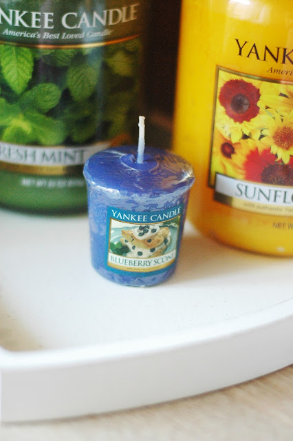 `Yankee Candle - Blueberry Scone