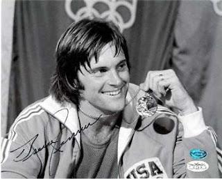 Bruce Jenner ganhou medalha de ouro