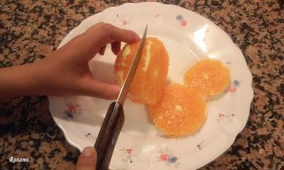 cortamos la naranja en rodajas
