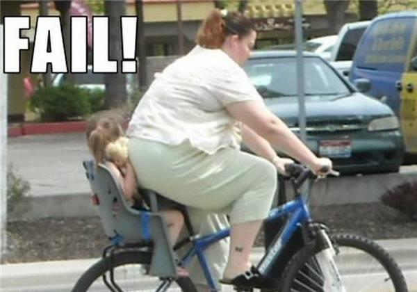 Imagen chistosa en bicicleta