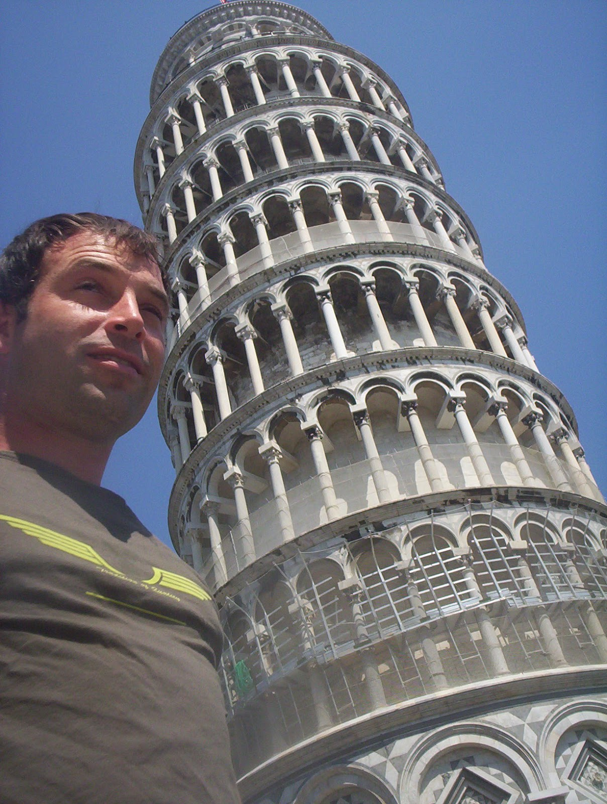 Pisa-Tower-Italy-2006-Sealiberty