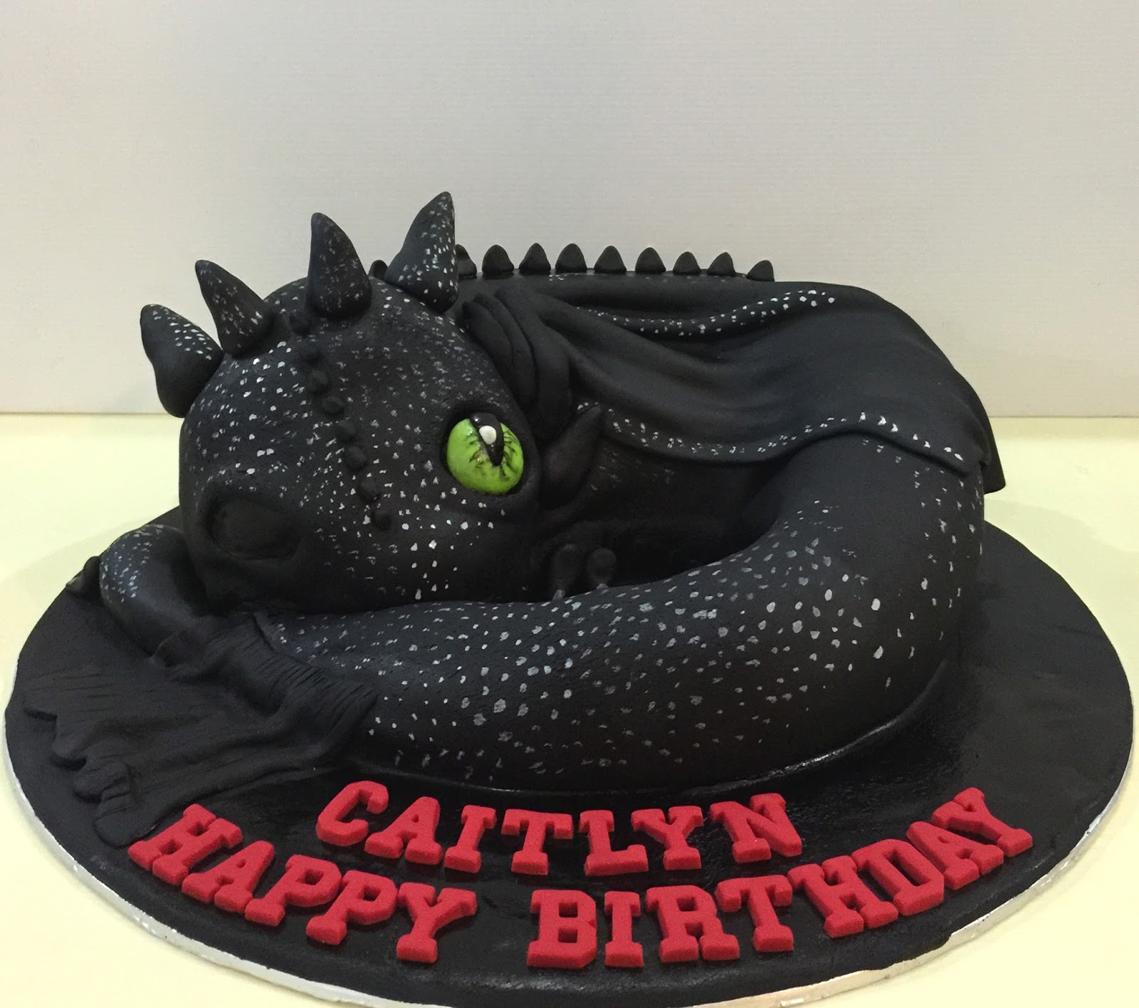 Cupcake Divinity How To Train Your Dragon Toothless Cake