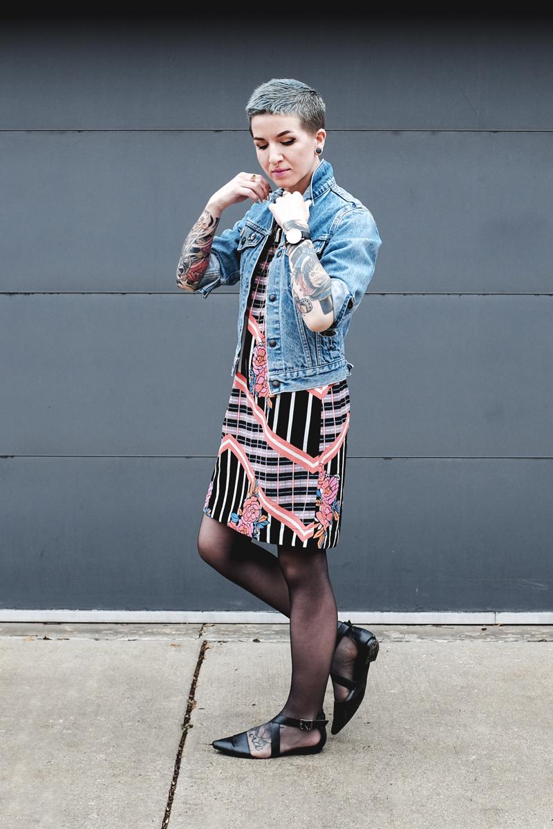 MINKPINK Floral Dress and vintage Levi's Jacket - Mini Penny Blog
