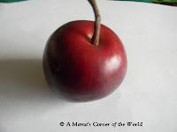 Craft apples for apple tree Halloween costume http://www.amamascorneroftheworld.com