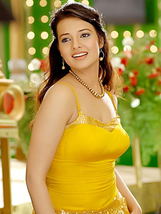 Telugu Film Hot Telugu Actress Saloni Latest Unseen Stills