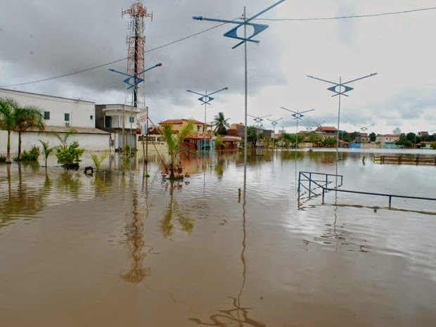 Prefeito decretou estado de emergência por causa das chuvas em Bom Jesus da Lapa (Foto: Ispedito Nunes de Oliveira)