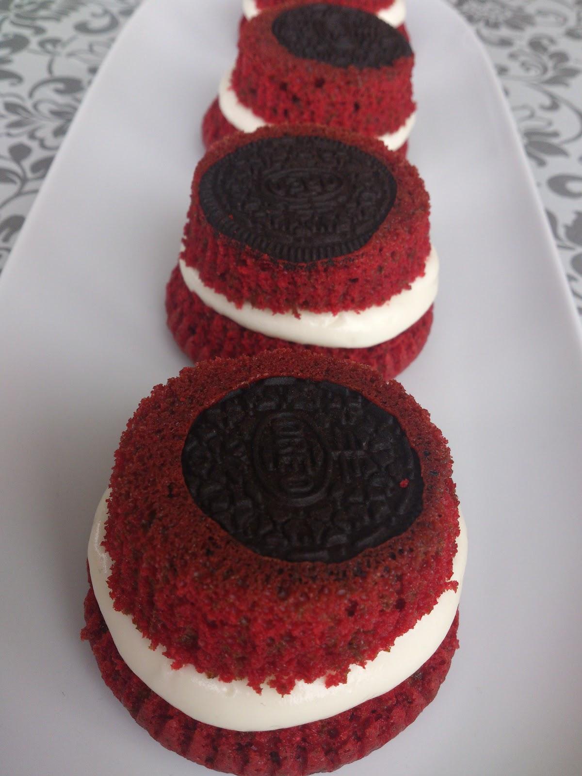 Frambuesa y caramelo oreo red velvet cupcakes unos - Tarta red velvet alma obregon ...