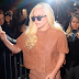 FOTOS HQ: Lady Gaga saliendo de su apartamento en New York - 10/12/15