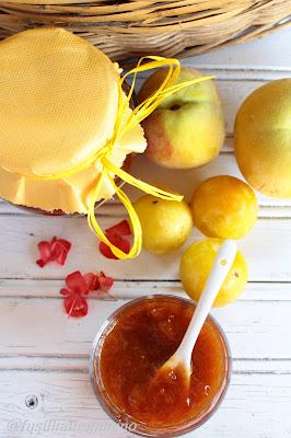 marmellata di prugne gialle, albicocche e banane