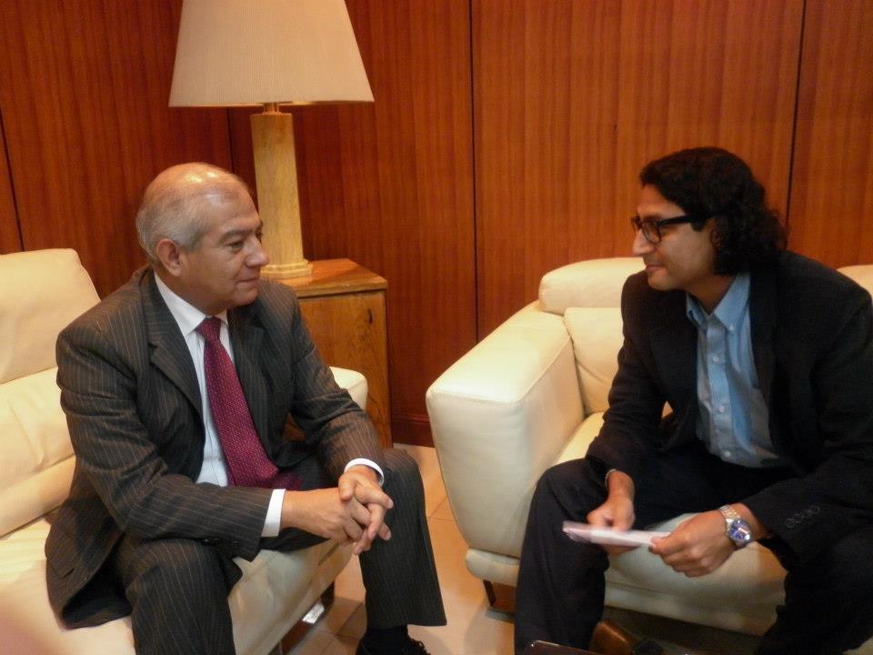 Agora abierta entrevista con el ministro del interior for Ministro del interior actual