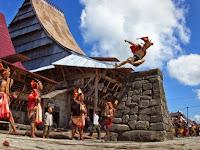 Wow!! Tradisi Lompat Batu Nias