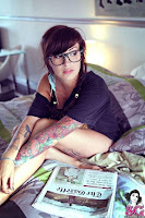 Female Tattoos Pics and Quotes