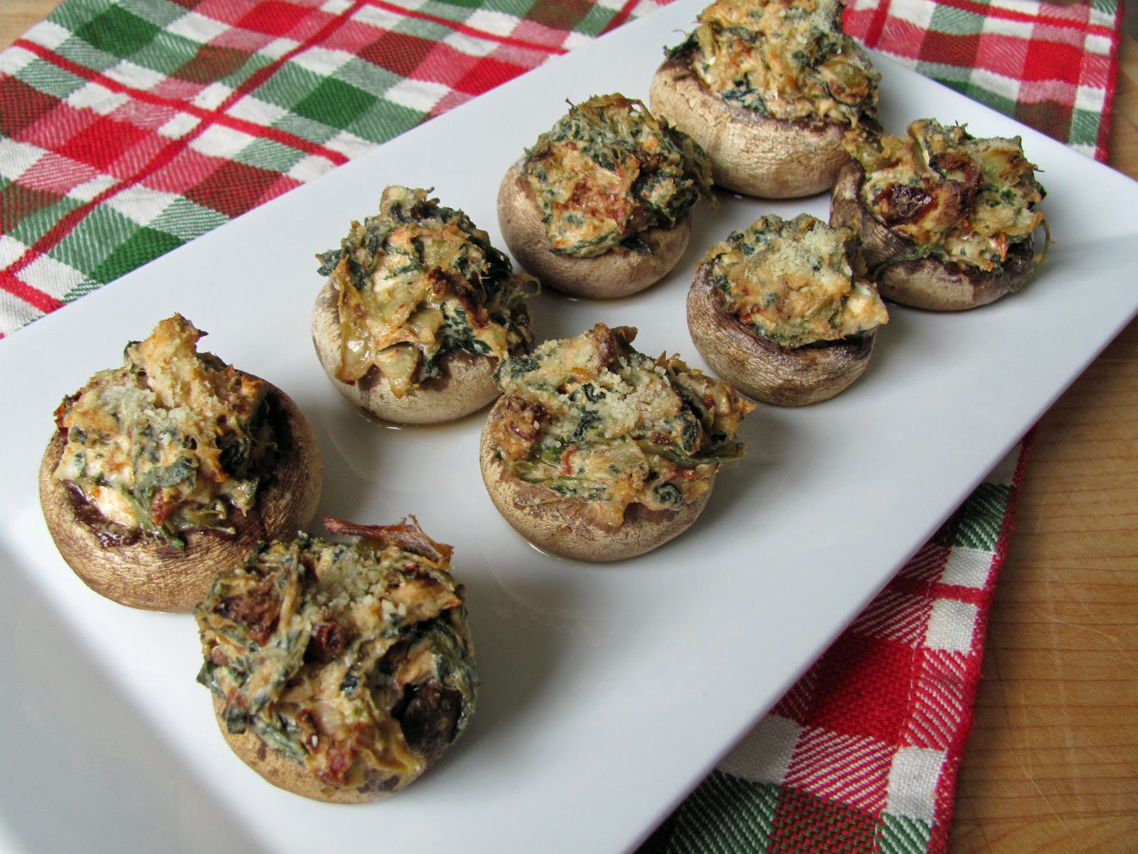 The Girly Girl Cooks: Artichoke & Sun-Dried Tomato Stuffed Mushrooms
