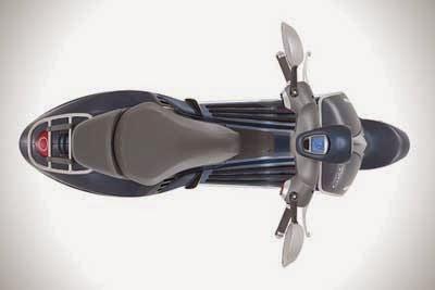 Gambar Motor Vespa 946