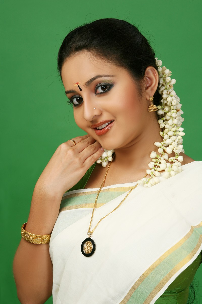 Indian Movie Actress: Bhama , Malayalam, Kannada Actress