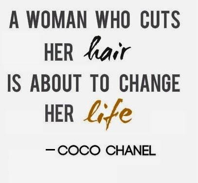 coco chanel une femme qui se coupe les cheveux
