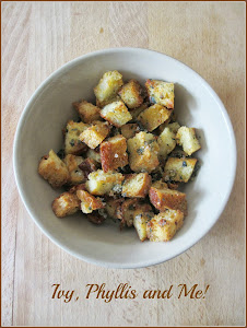GARLIC AND OREGANO CROUTONS