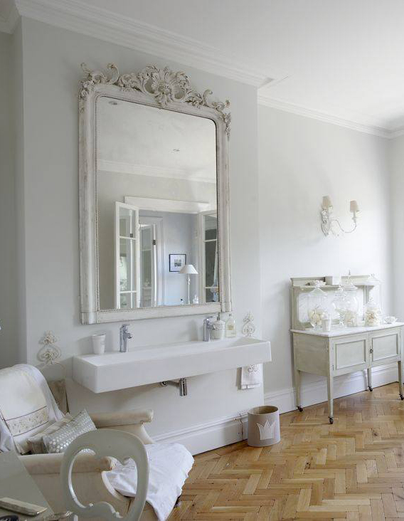 the paper mulberry the perfect white bathroom. Black Bedroom Furniture Sets. Home Design Ideas