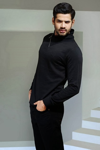 BIG New Stylish Winter Dresses Collection 2013-14 For Men And Women Fashion
