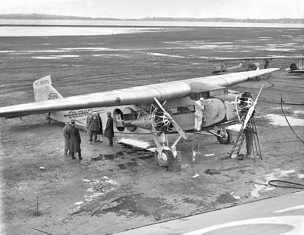 history of the first airplane and Hace 1 día wilbur and orville wright were american inventors and pioneers of aviation in 1903 the wright brothers achieved the first powered, sustained and controlled airplane.