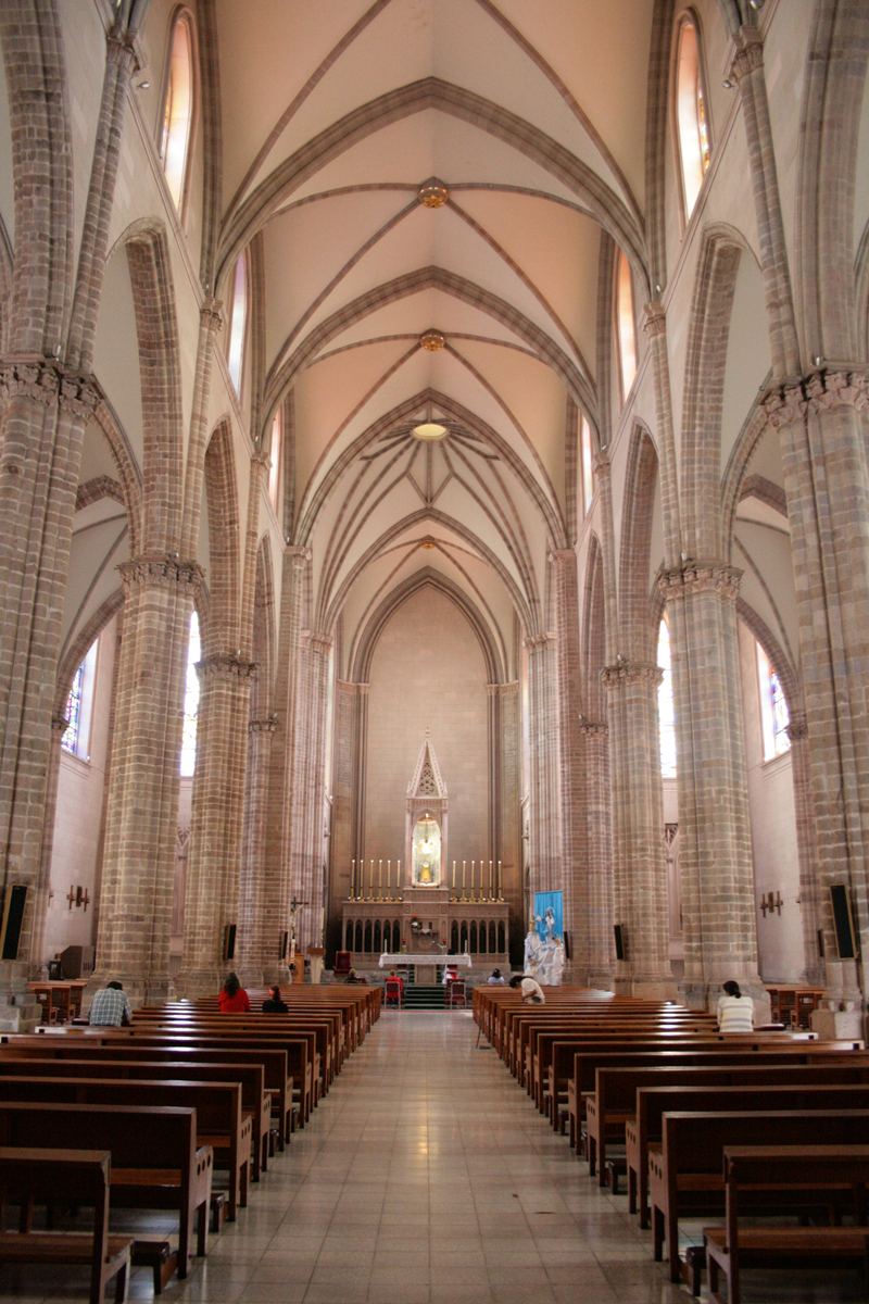 Jaime ramos m ndez interior del templo expiatorio del for Catedral de zamora interior