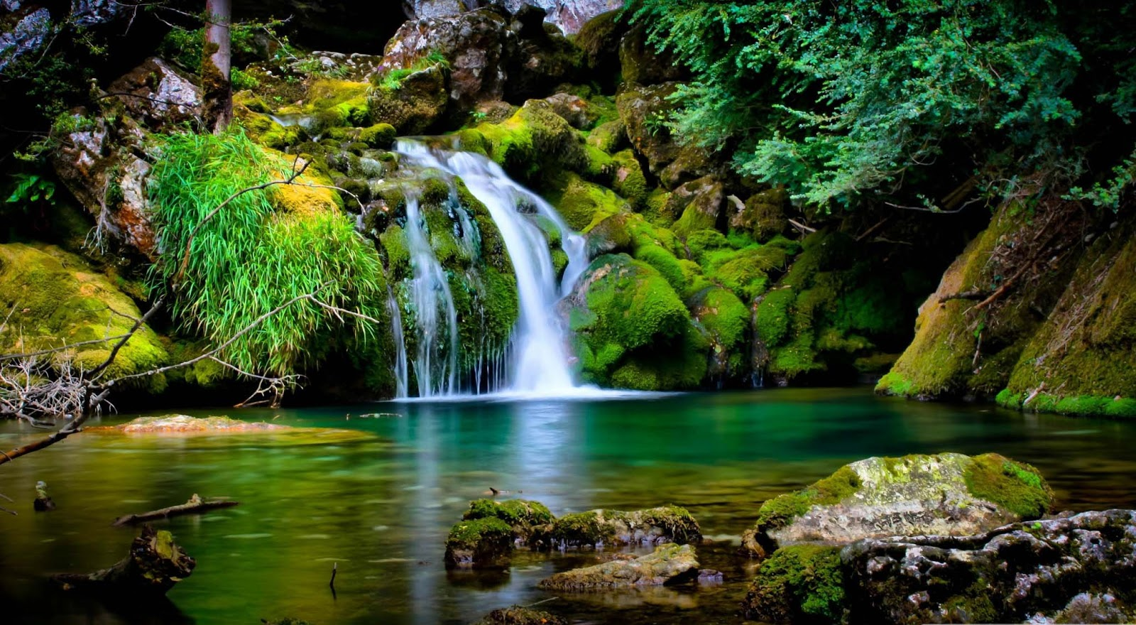 nature wallpapers mp3 download: Care-we: Waterfall Scenery
