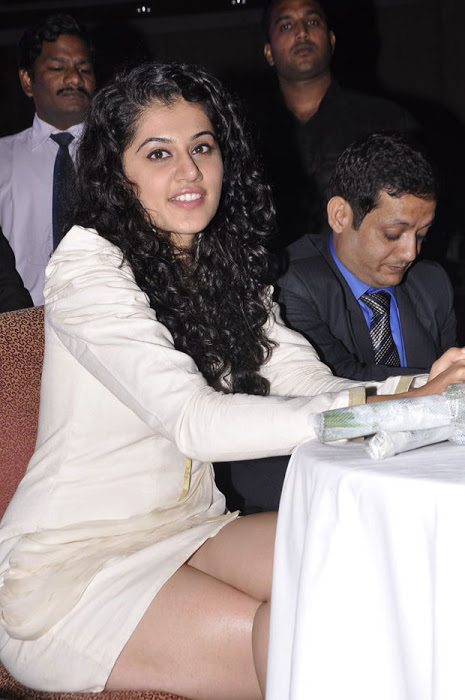 Tapsee short dress hot photos