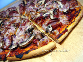 Parma-mushroom-pizza-from-scratch