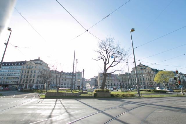 Der Münchner Karlsplatz morgens um 8.30 - Frühstück bei Emma unterwegs zum Interview